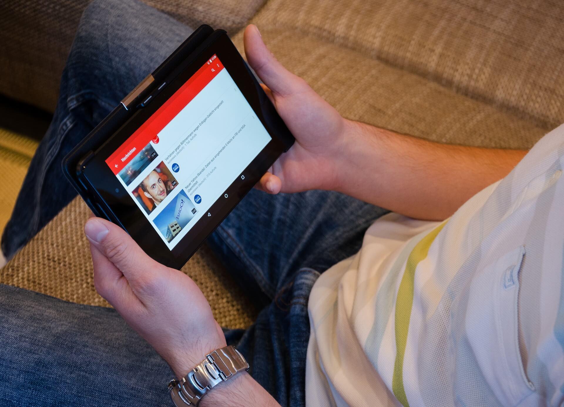 Thumbnail ấn tượng, gây chú ý là cách quảng bá khóa học online rất hữu dụng